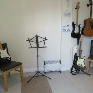 JE Music Room2